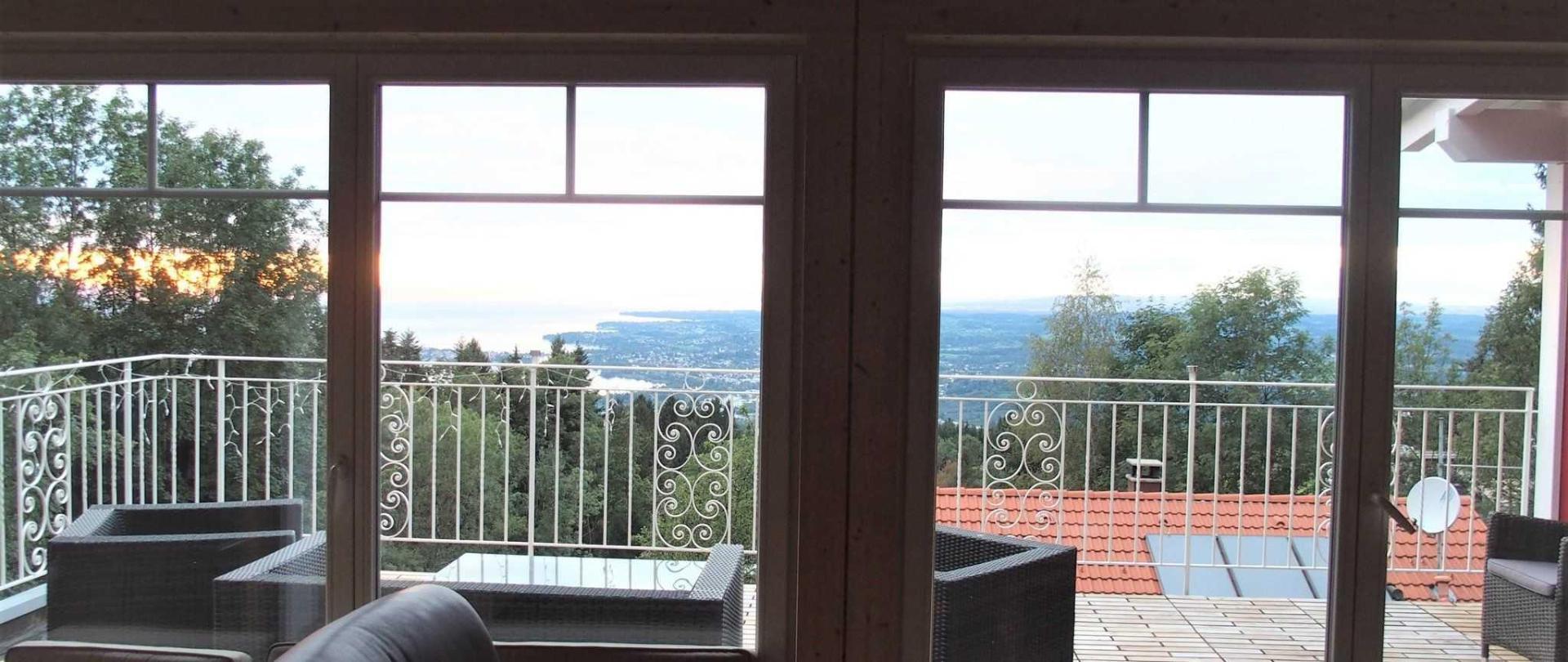 Ausblick aus dem Wohnbereich der Suite im 2. Stock