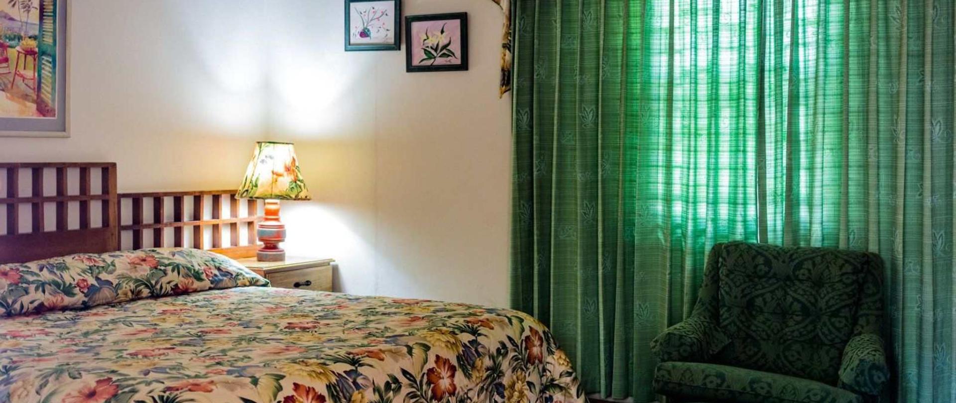 floral-room-3-1.jpg