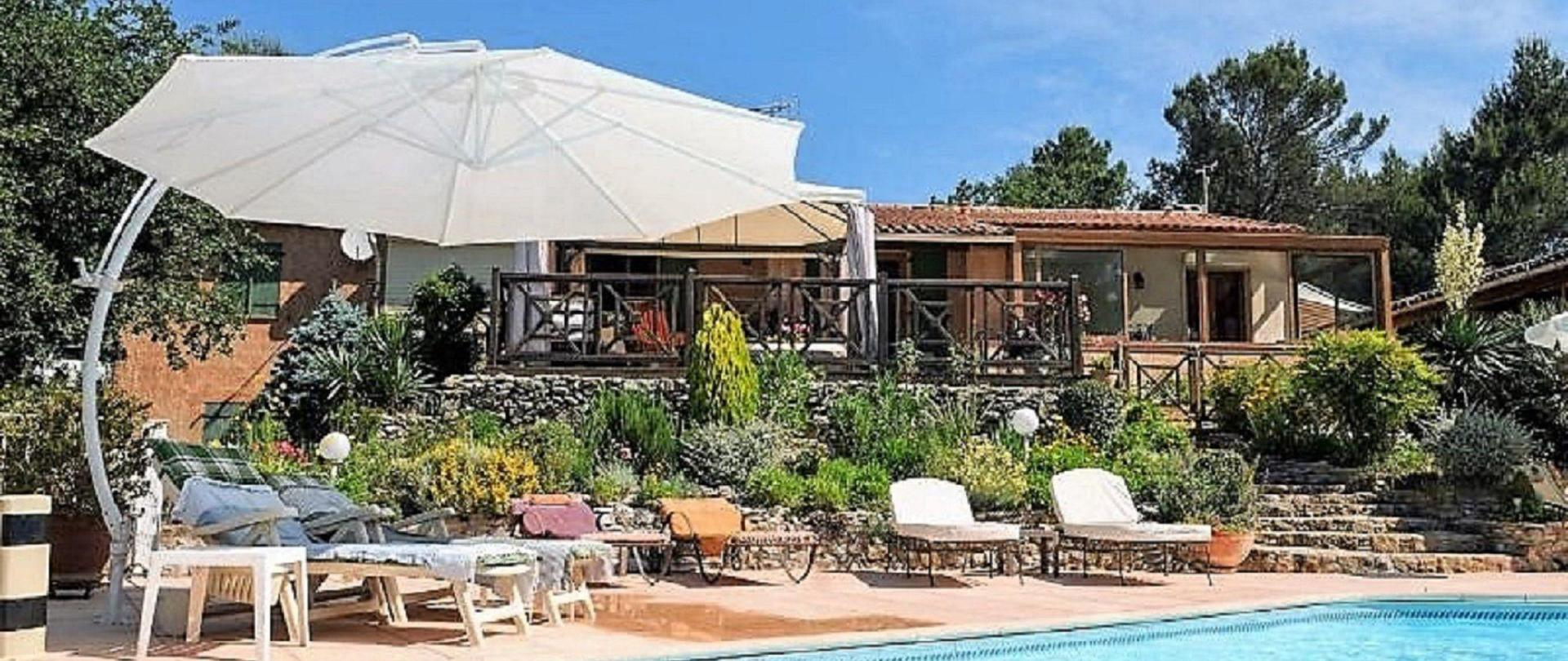 villa-victoria-maison-piscine.jpg