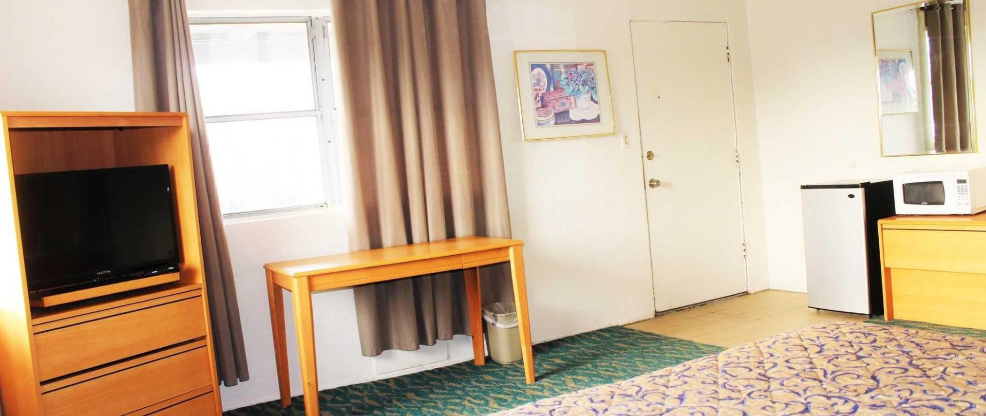 room-203-features.JPG