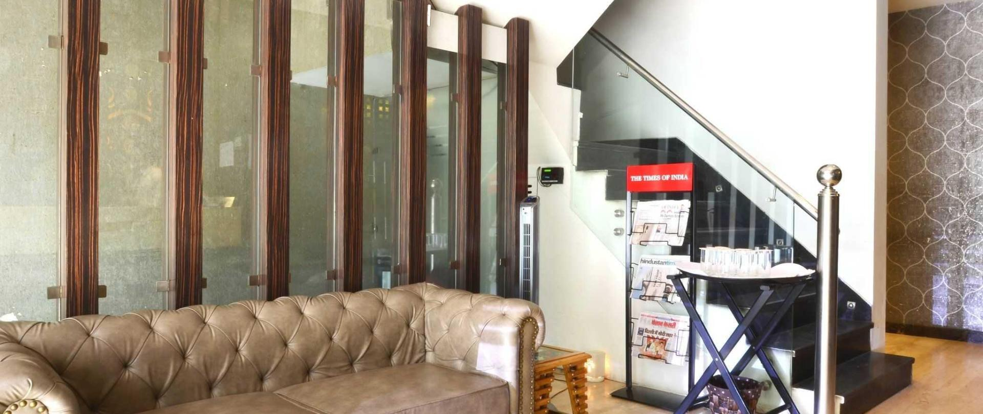 hotel-metro-view-in-delhi-1.JPG