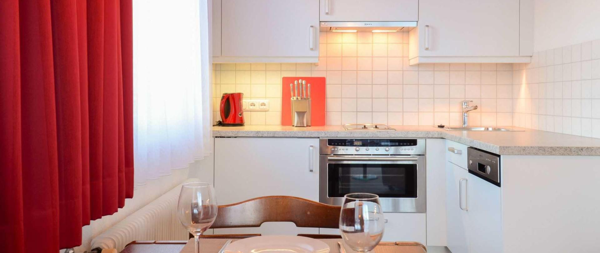 haus-strutzenberger-apartment-1-kitchen-and-dining.jpg