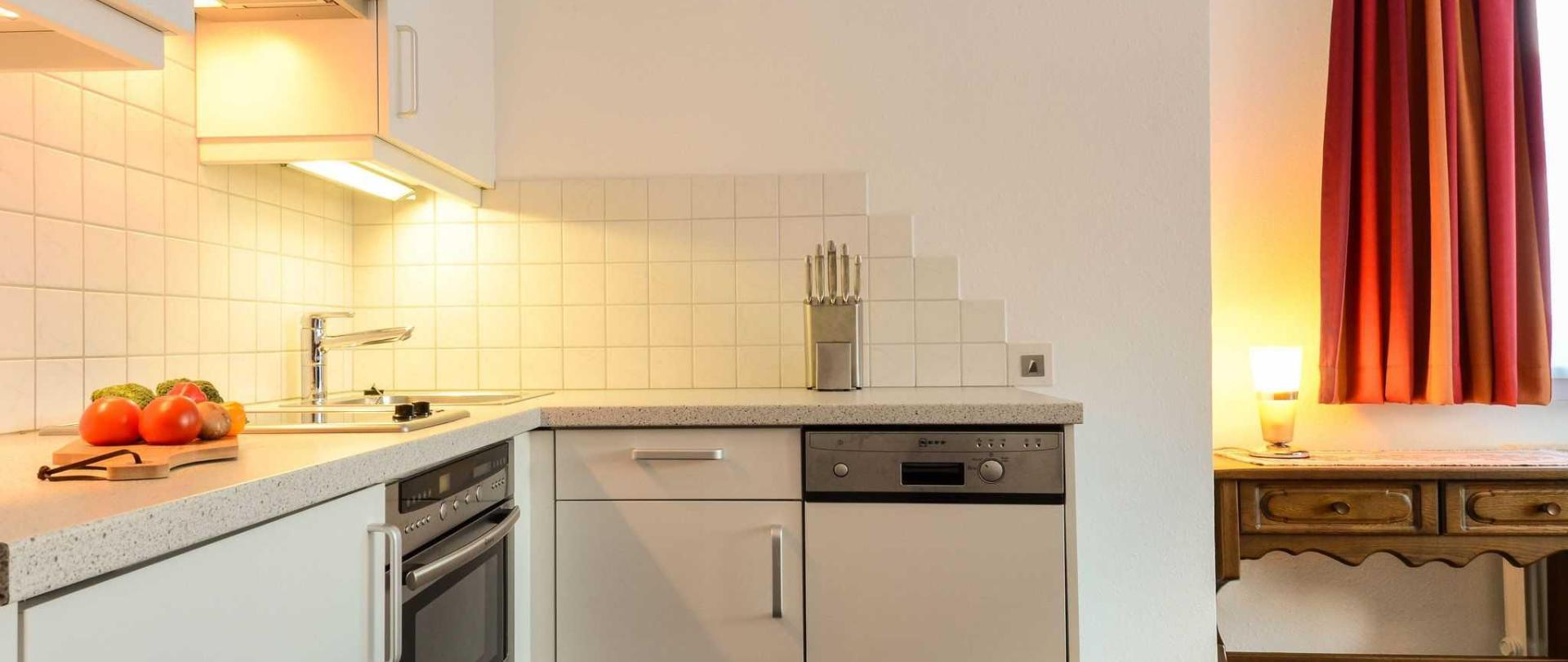 haus-strutzenberger-apartment-2-kitchen.jpg