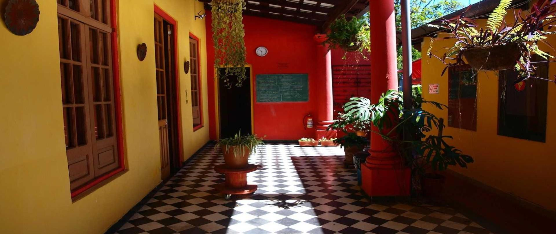 common area hostel asuncion paraguay nomada.JPG