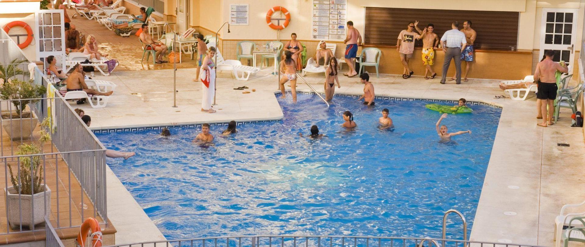 50-piscina.jpg