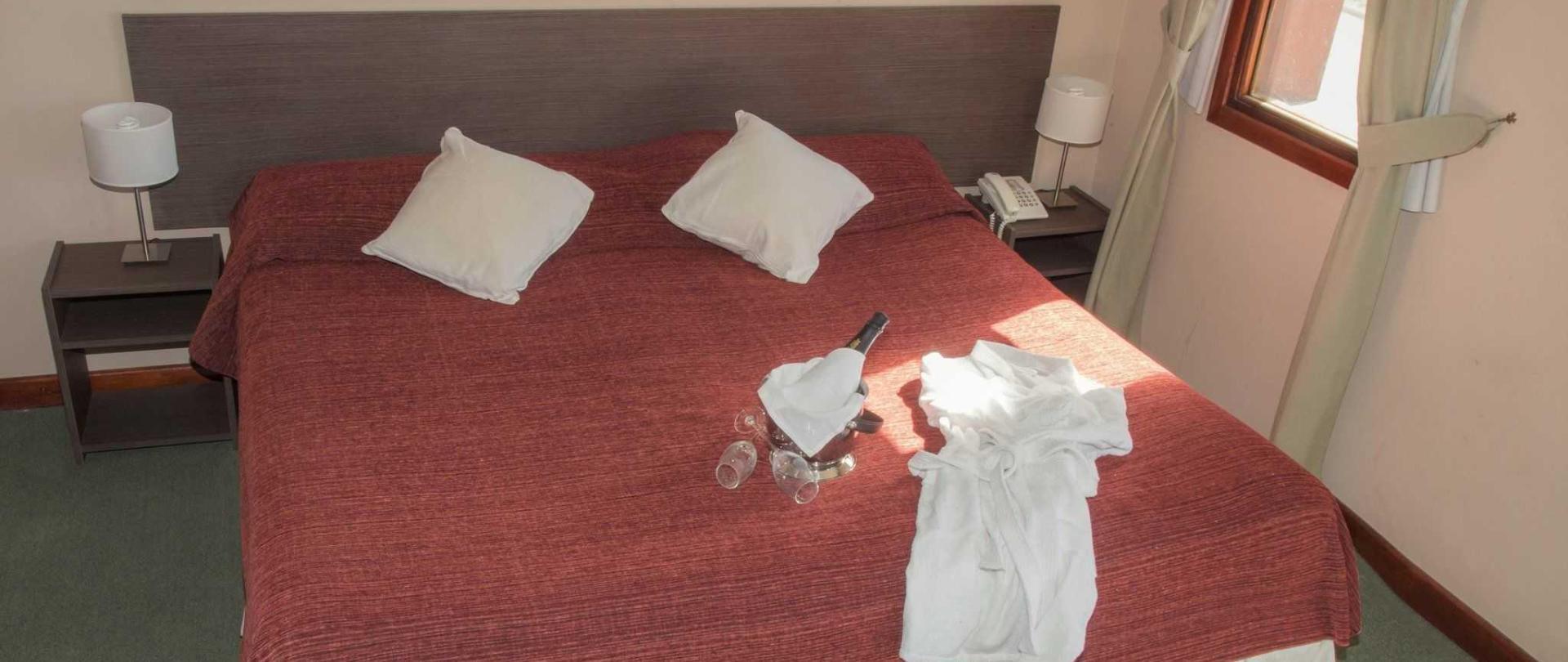 habitaci-n-cu-druple-002-1.jpg