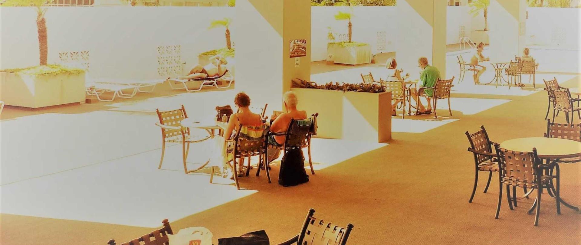 rk-lounge-1.JPG