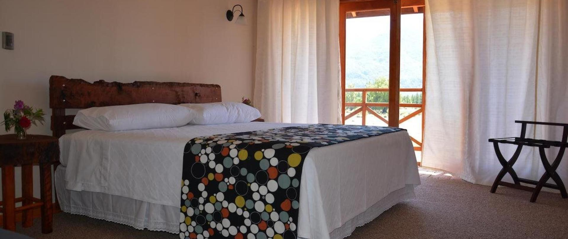 Deluxe Double Room with Bath1