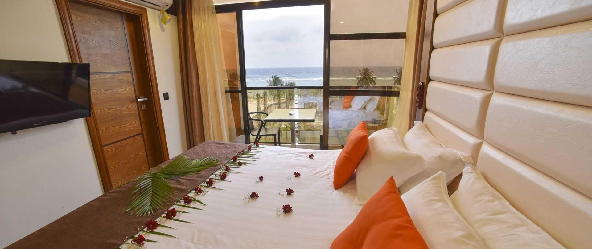 1-deluxe-balcony-sea-view.JPG