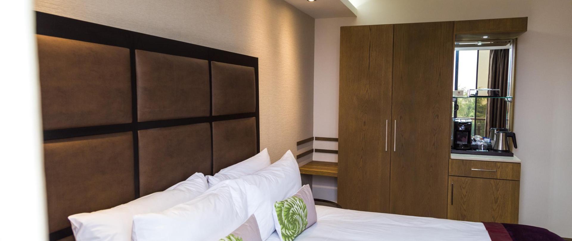 room-70.jpg