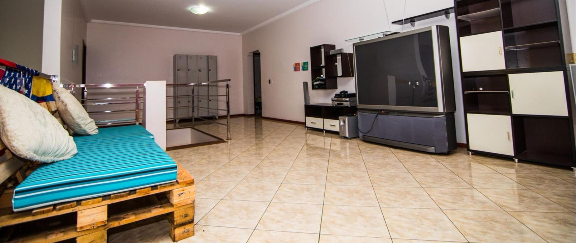 hostel3.jpg