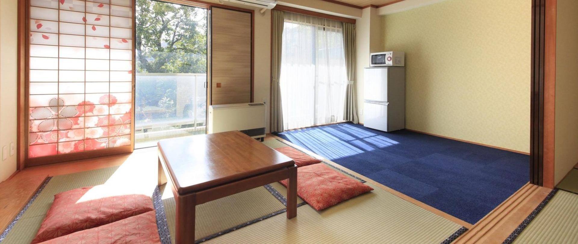room_i.jpg