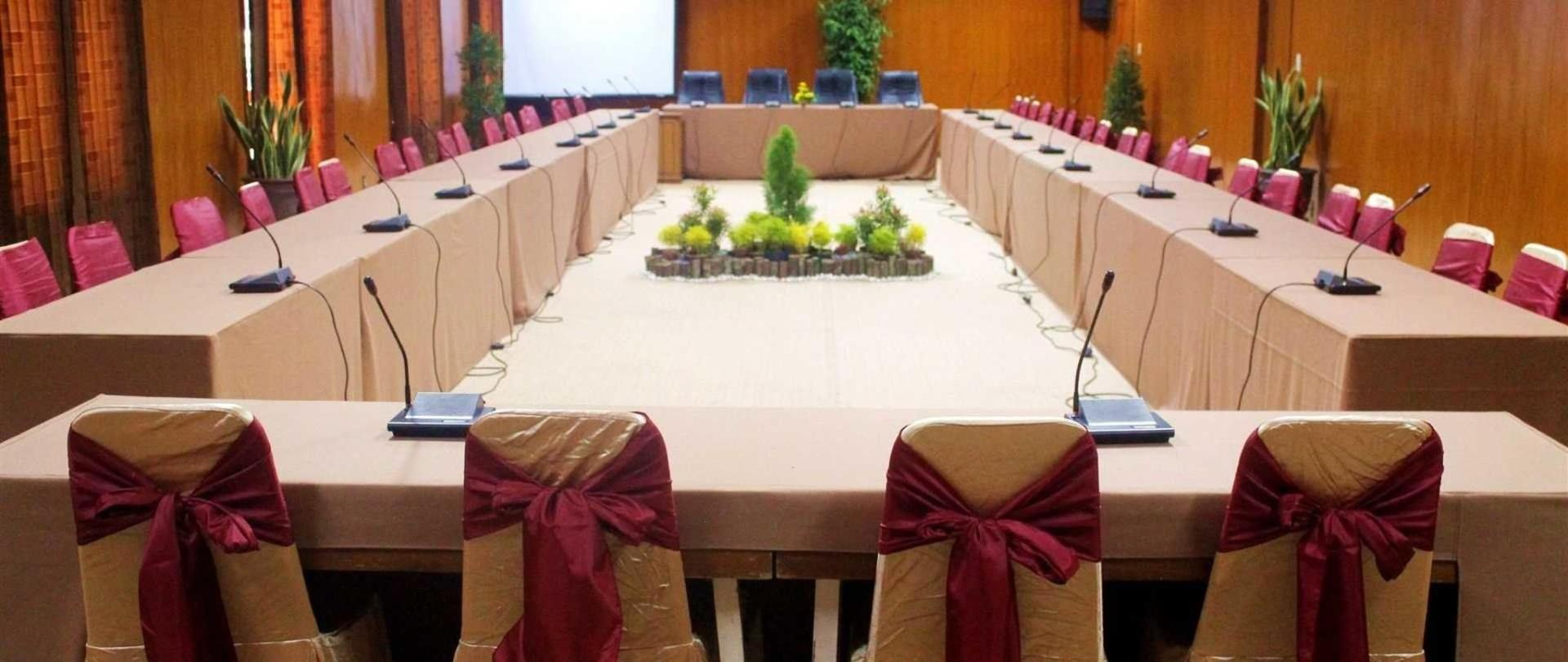awadhana-meeting-room-2-jpg.jpeg