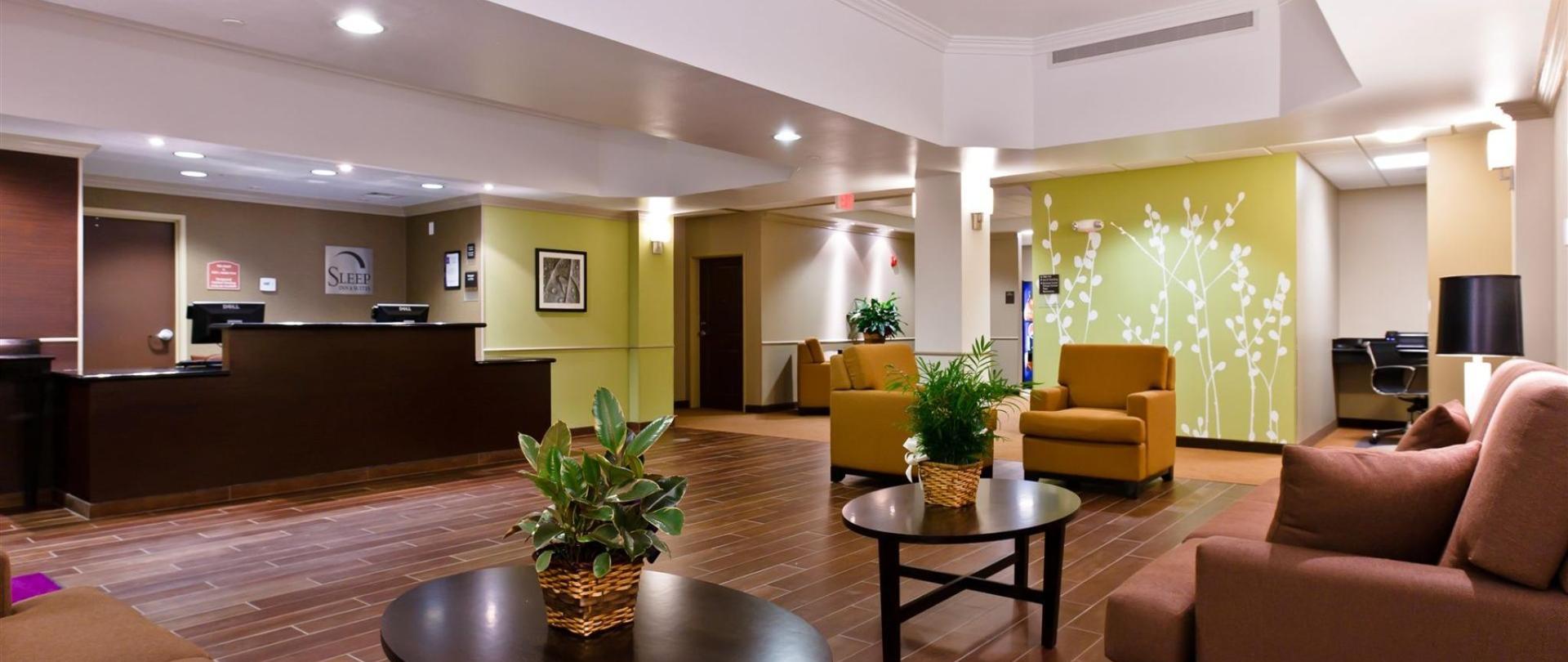 ks148-sleep-inn-lobby-1.jpg