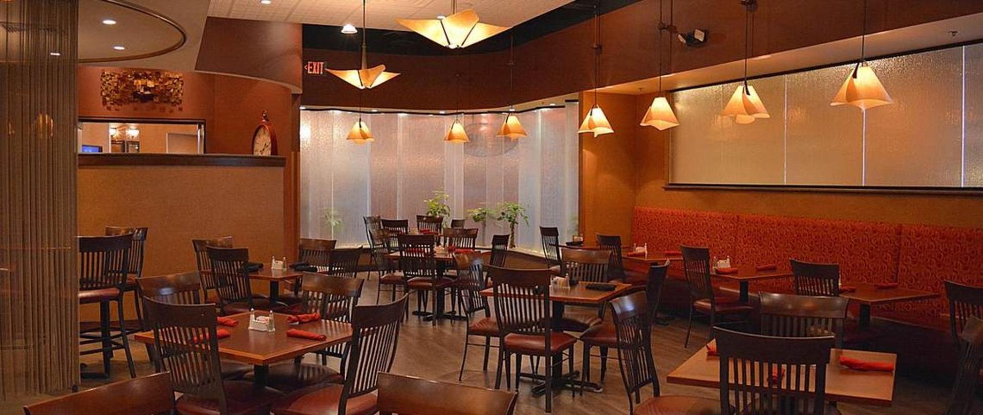 restaurant-horizontal-sm.jpg.1140x481_default.jpg