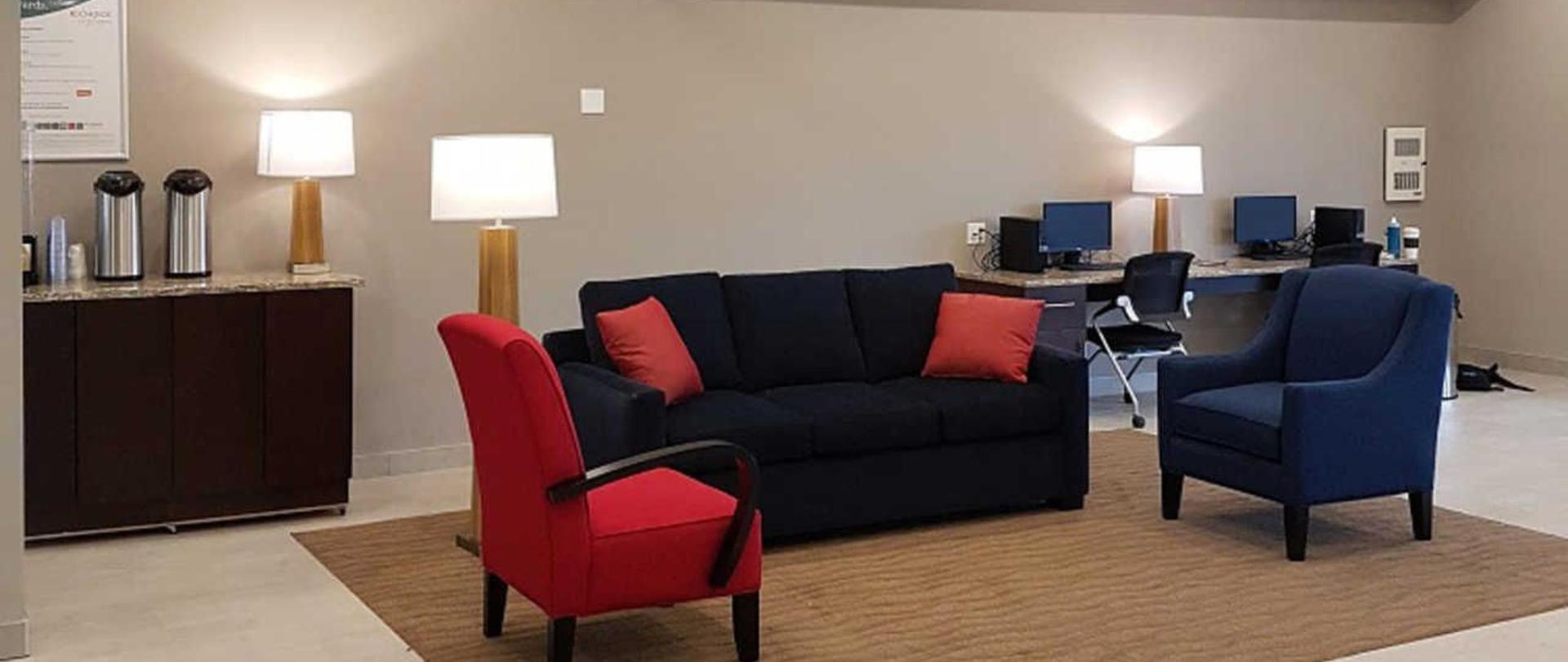 comfort-inn-suites-terrace-4.jpg