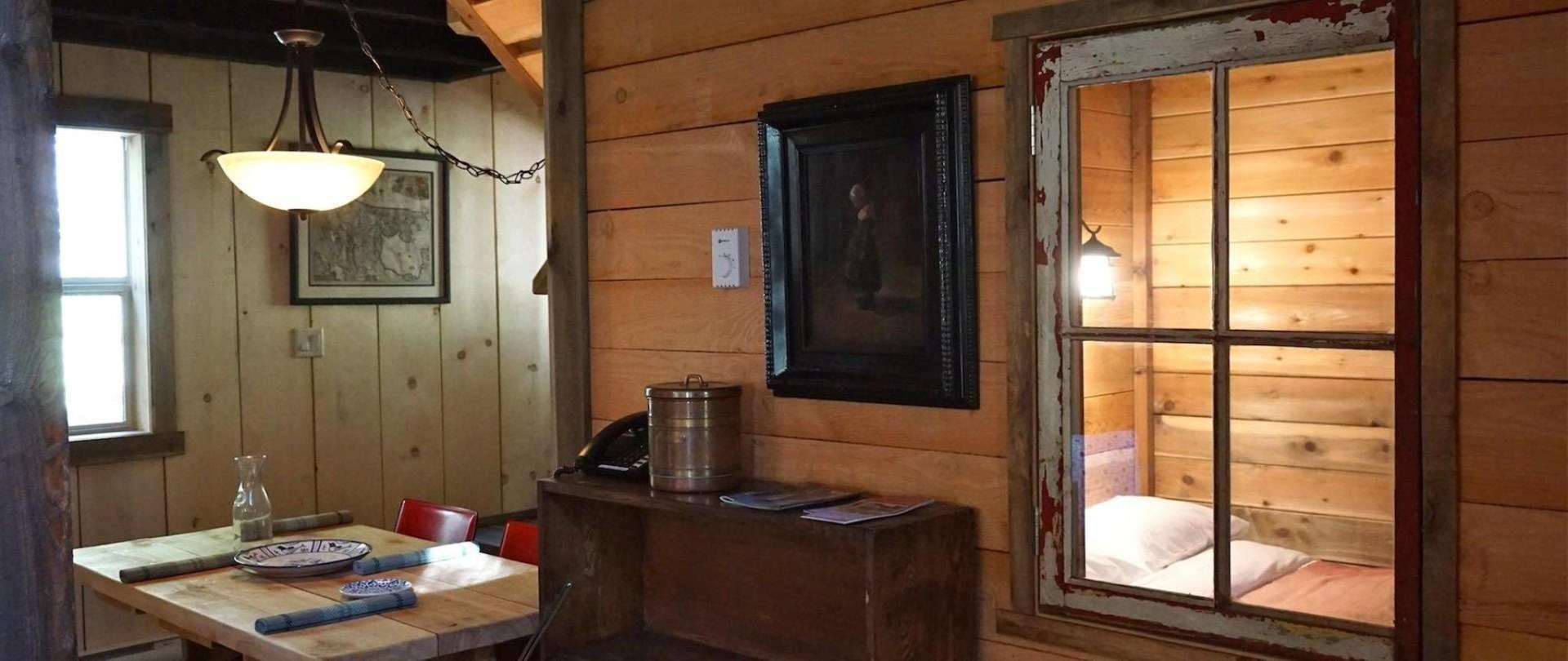 heritage-cabin.JPG.1920x810_0_52_10000.jpeg