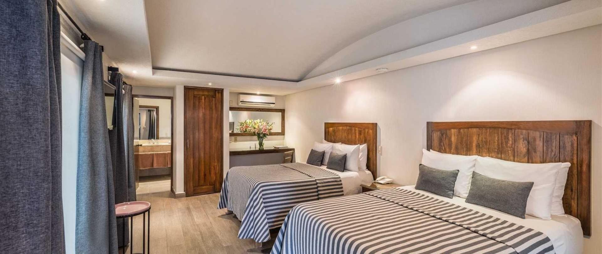 homepage-la-abadia-hotel-guanajuato-mexico4.jpeg
