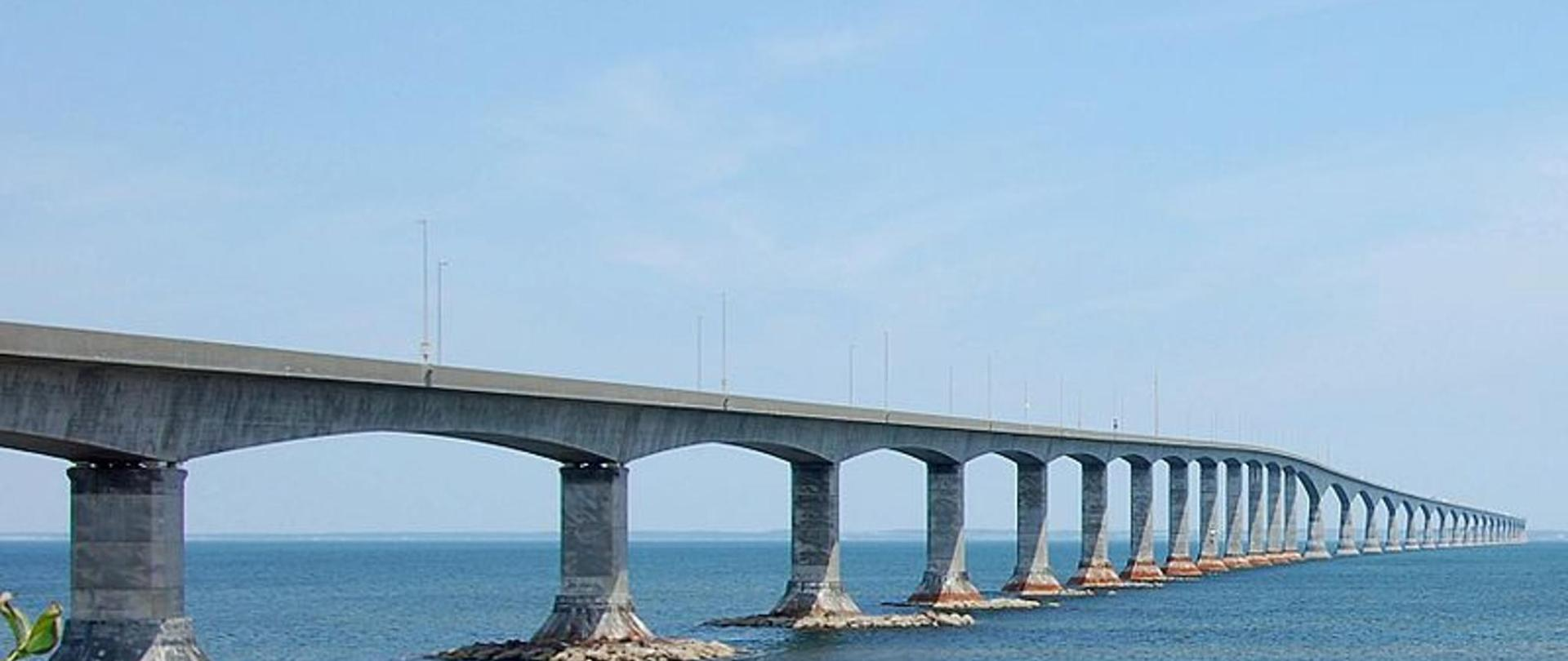 800px-confederation_bridge-2.jpg