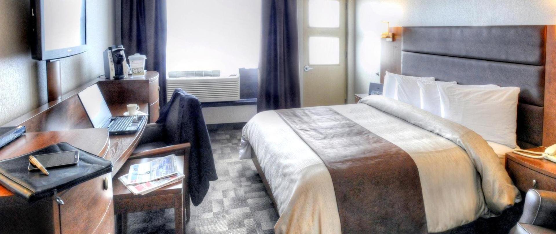 continental-3-superior-room.jpg