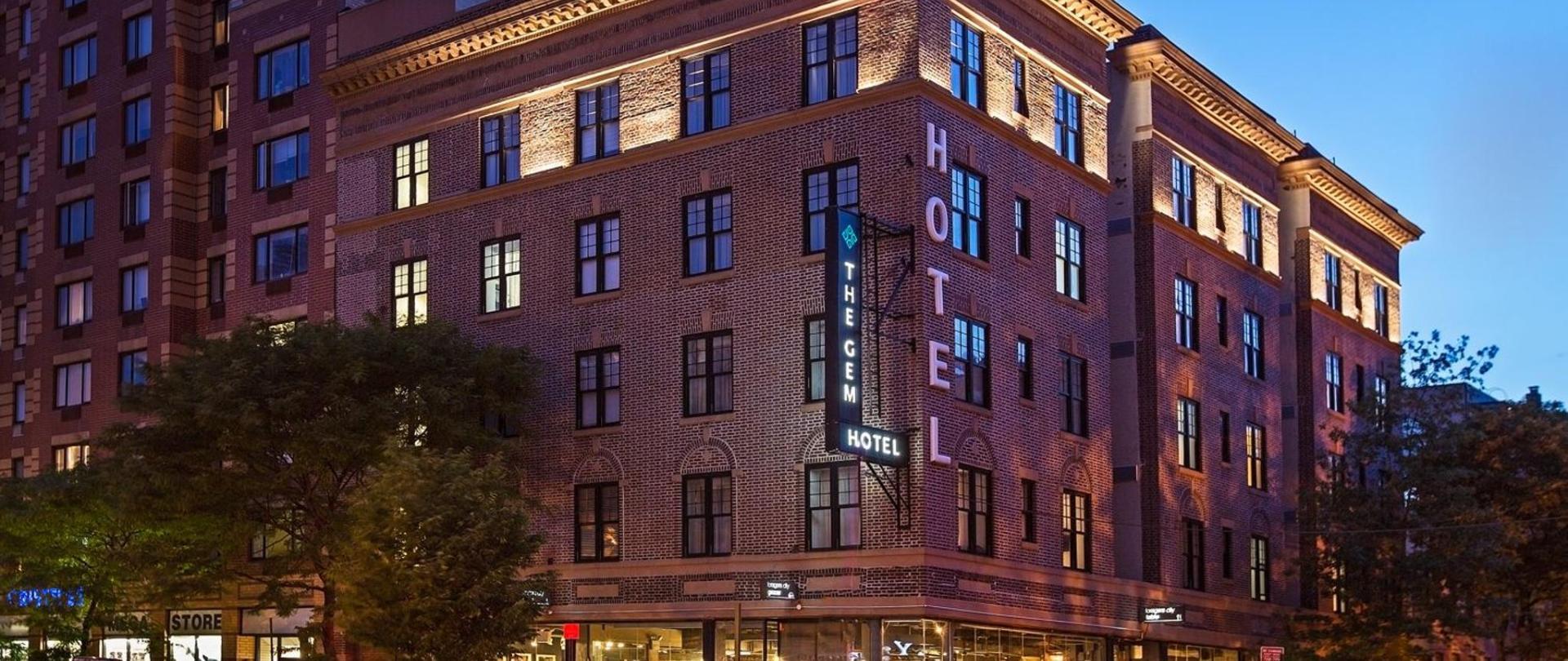 the-gem-hotel-chelsea-exterior.jpg