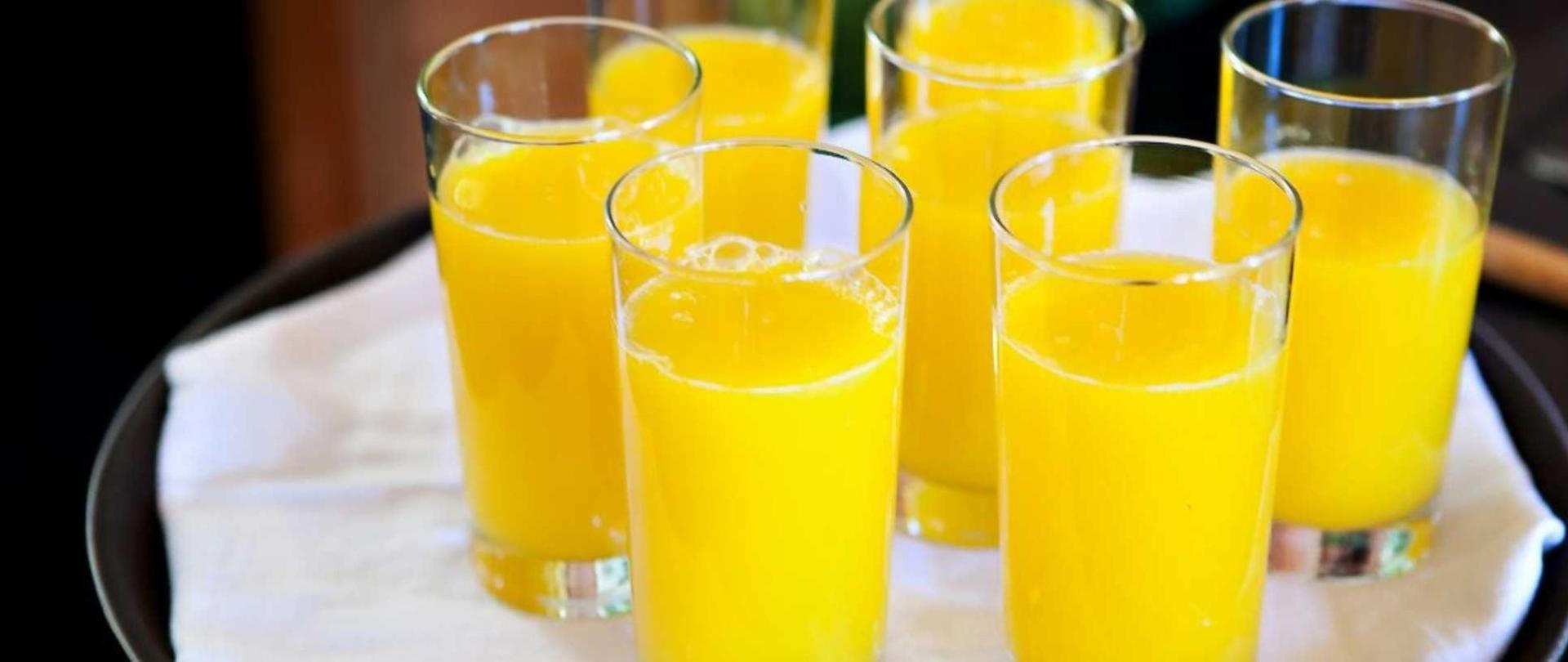 fresh-squeezed-orange-juice1.jpg.1920x807_default.jpg