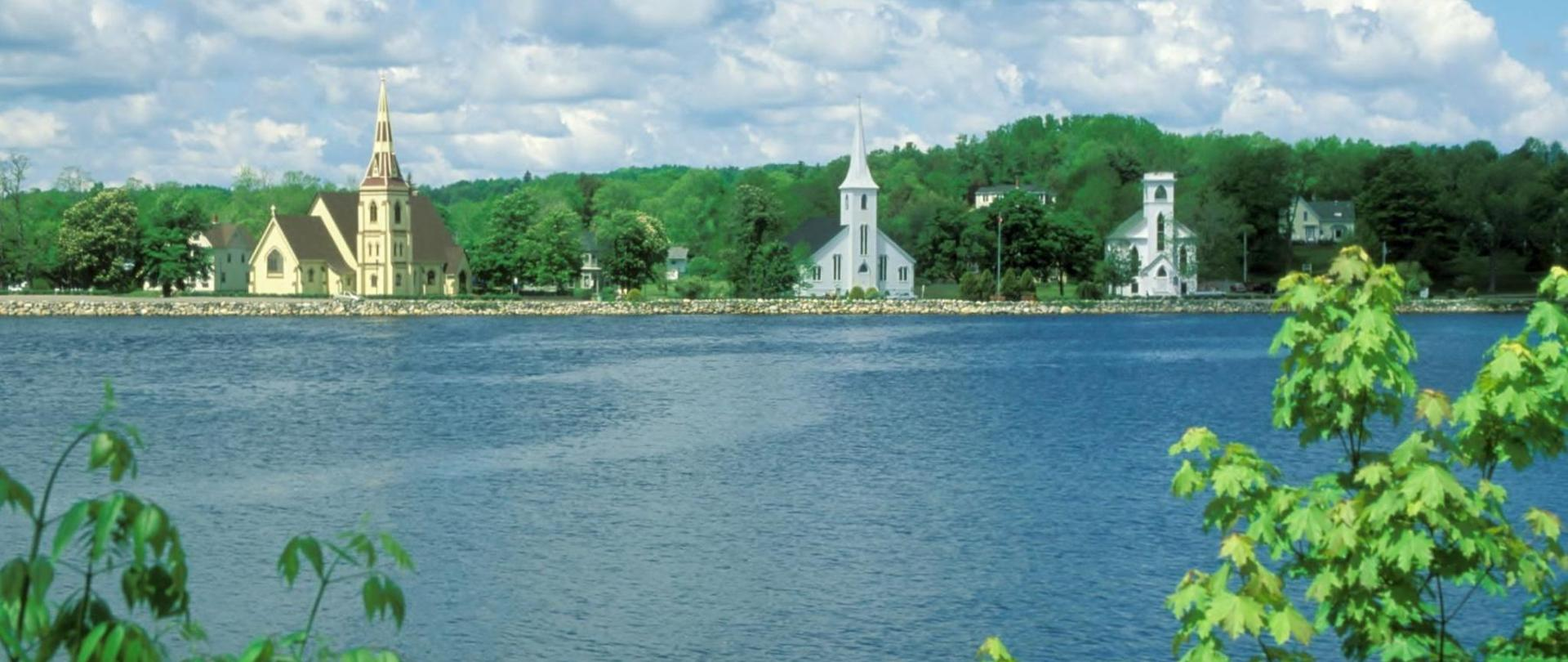 mahone-bay-churches-21.jpg