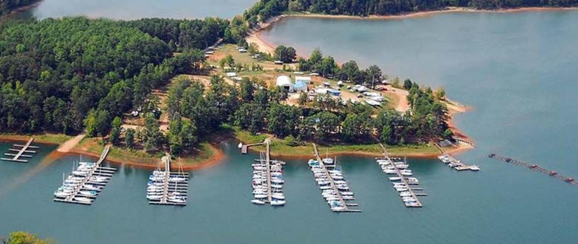 lake-hartwell-marinas-1.jpg.1140x481_default.jpg