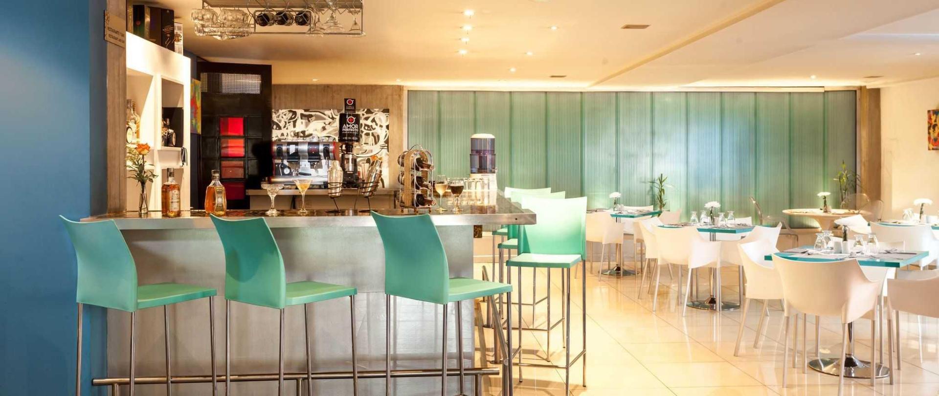bar-restaurante-1.jpg
