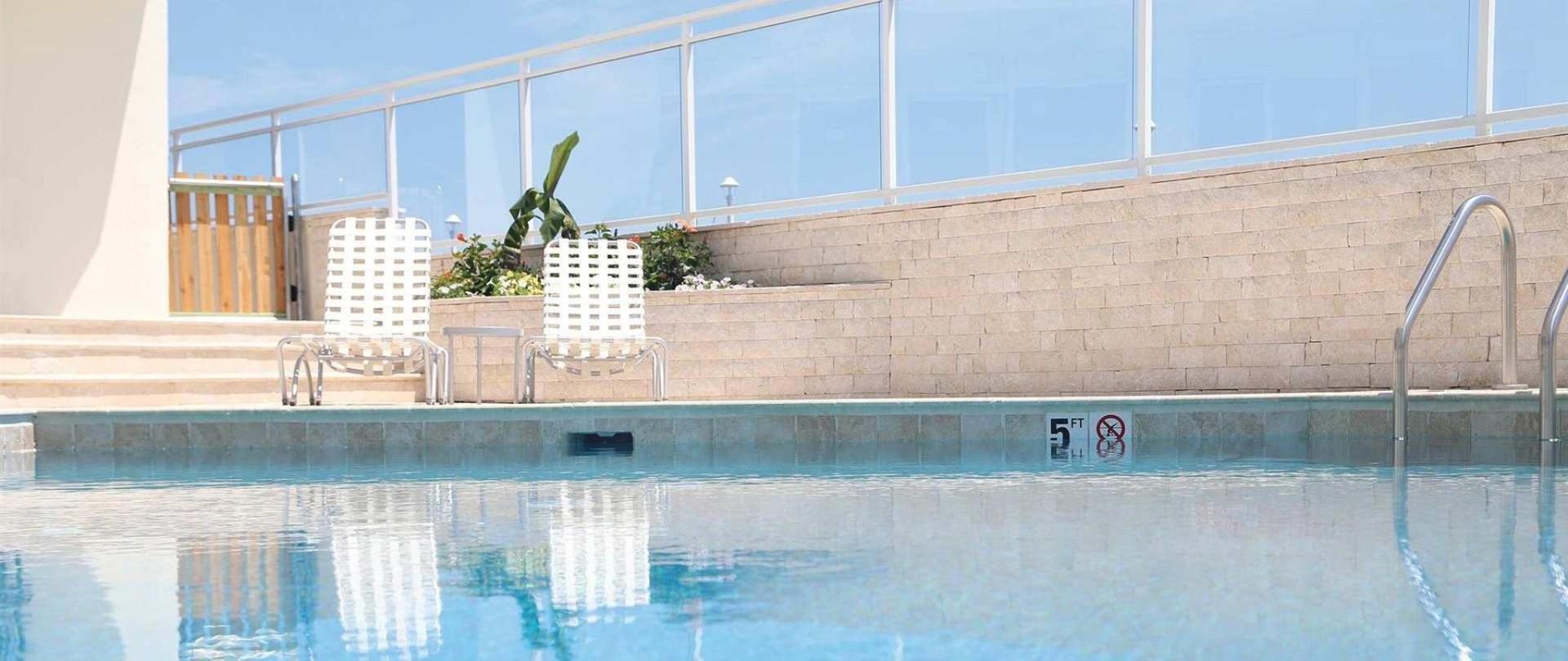 sb-pool2600-2.jpg.1920x810_0_14_10000.jpeg.1920x0.jpeg