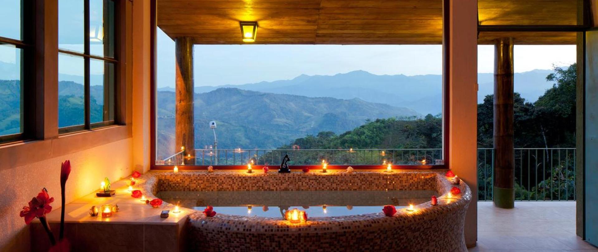 Yumbo-Spa-y-Resort-Hotel-en-Gualea-Royals-Suite.jpg