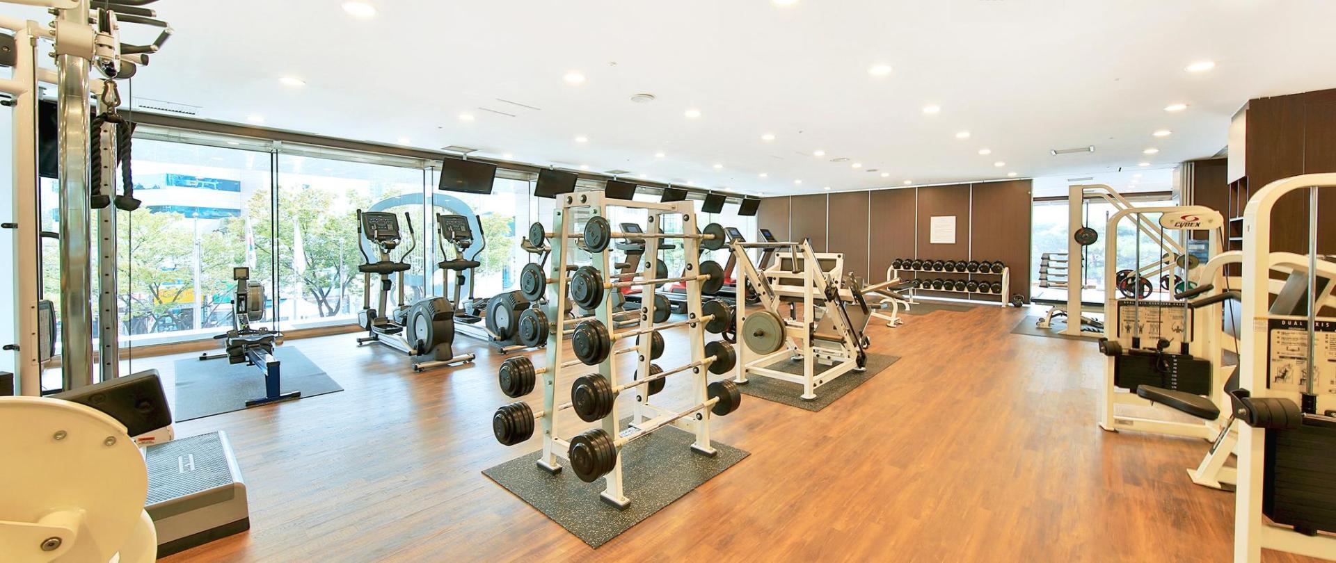 健身房-1.JPG
