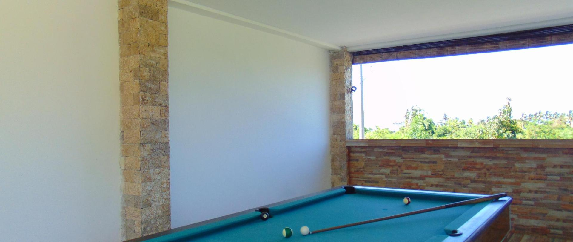 05. Pool Table_01.JPG