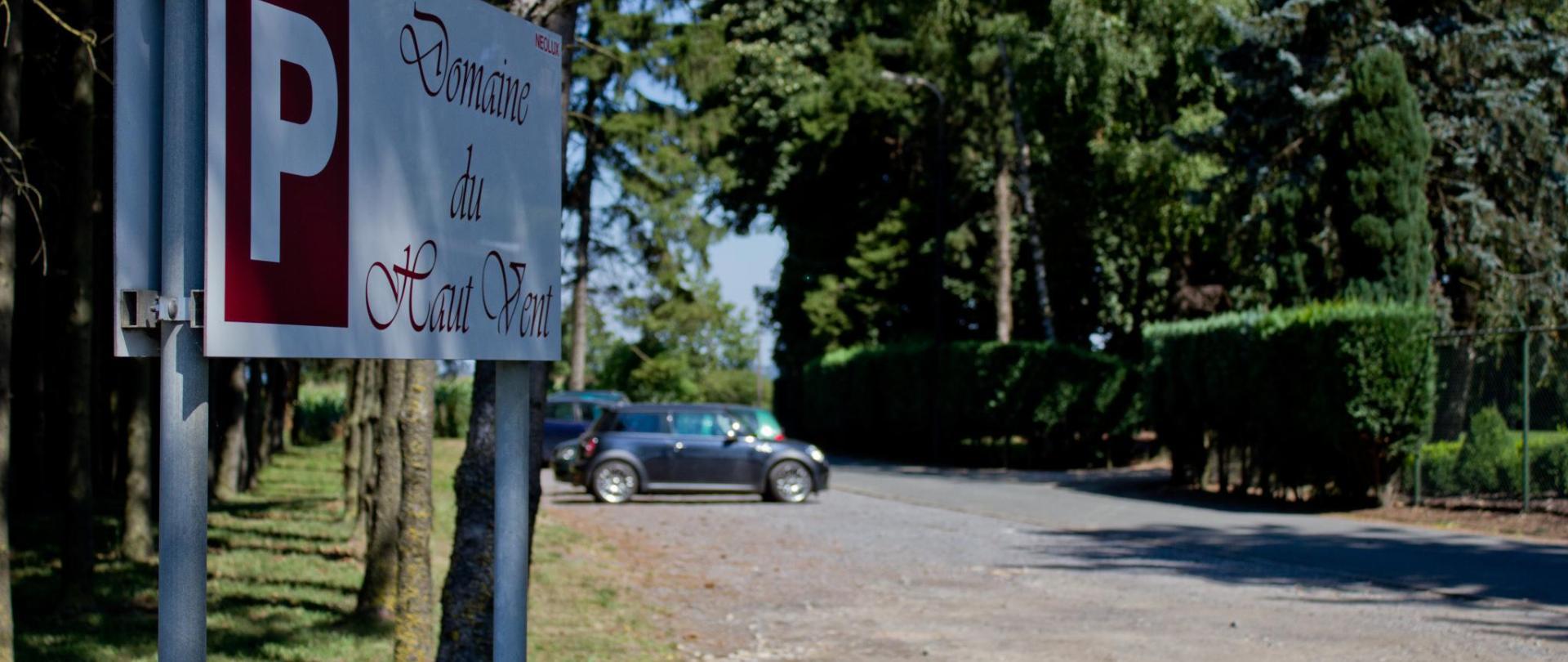 Parking Côté.JPG