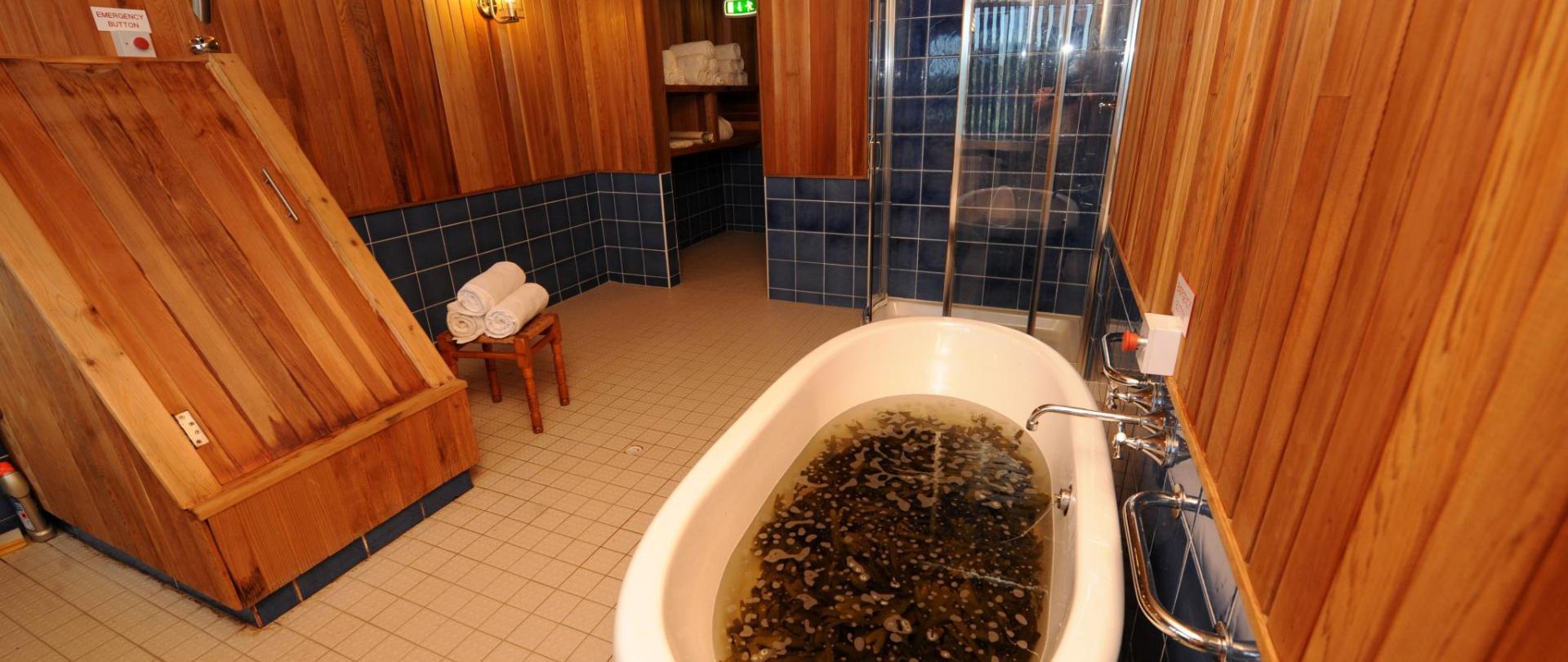 Seaweed Bath.jpg
