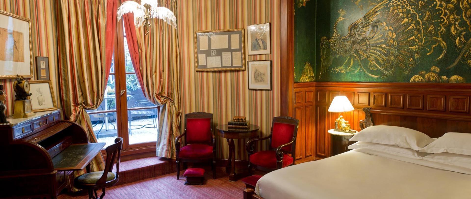 Oscar Wilde Suite.jpg