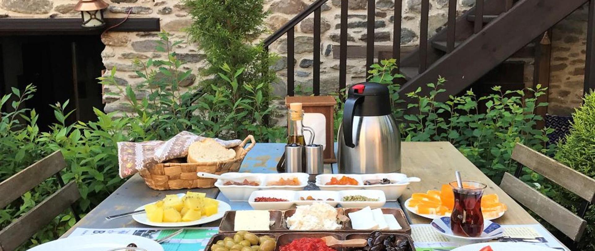 birgi-kahvalti-otel.jpg