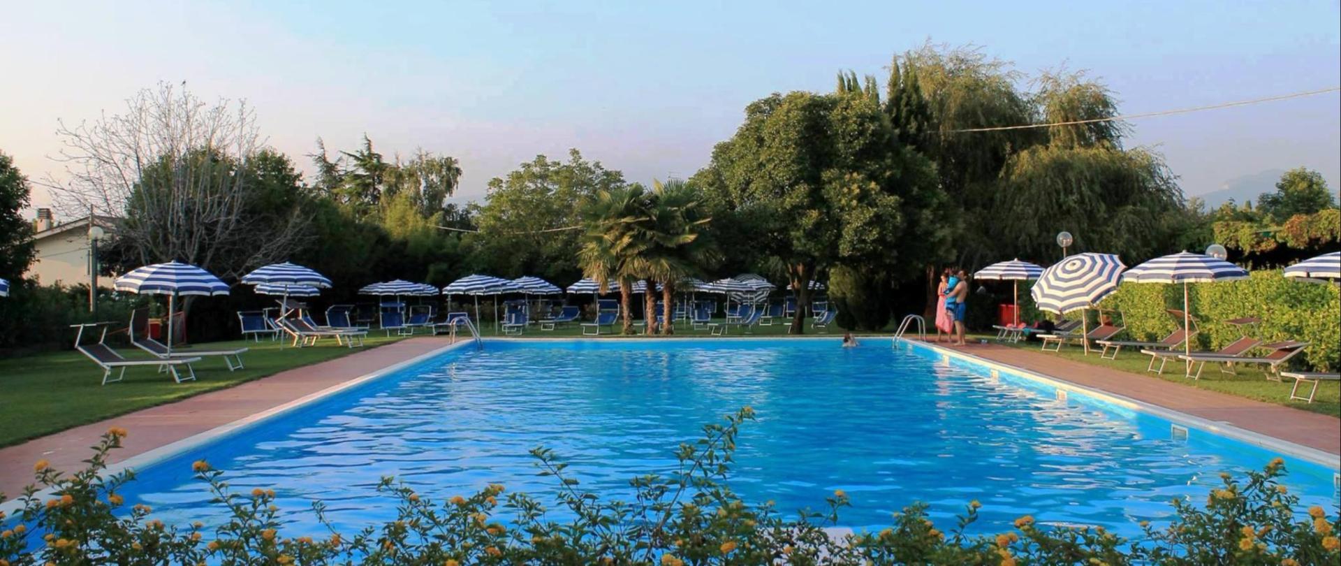 panoramica piscina_o.jpg