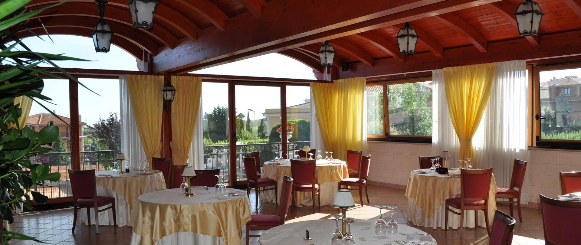 veranda-restavracija-romantična