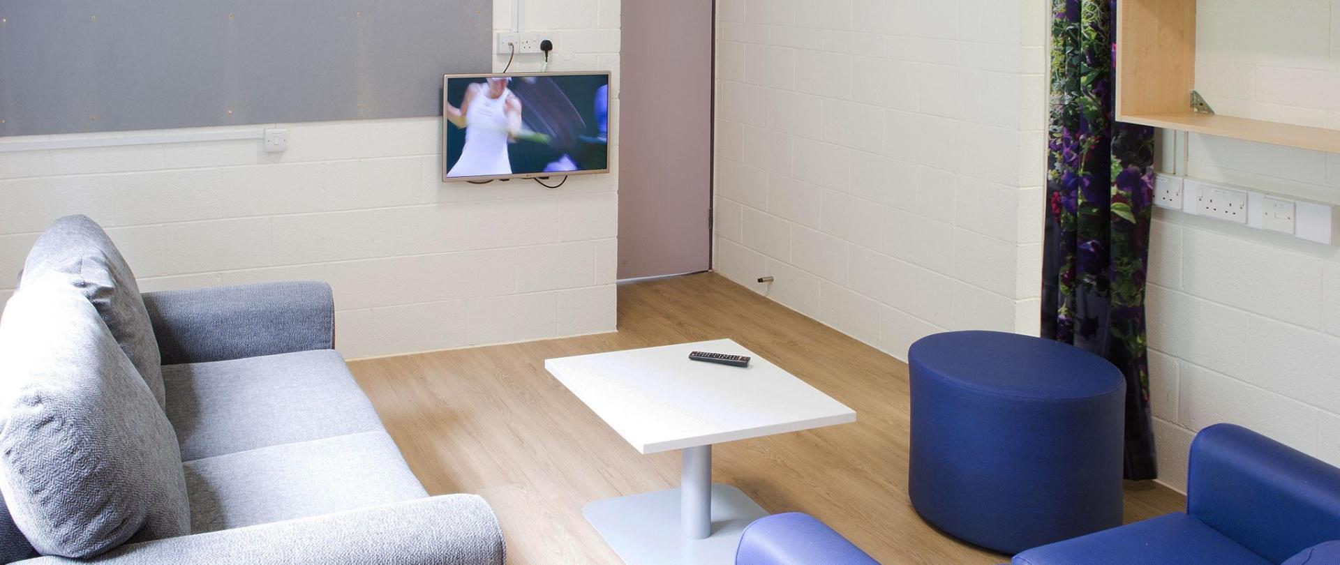 Lounge-in-Eastwood-7-11.jpg