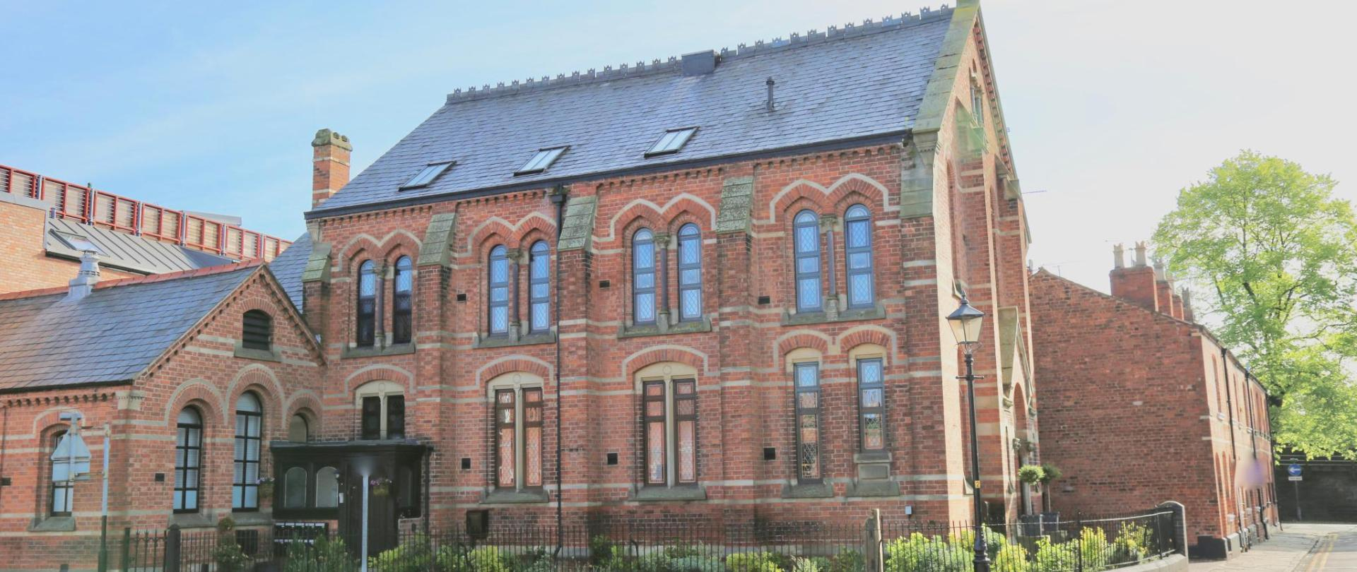 Chapel Holiday Apartment Chester.jpg
