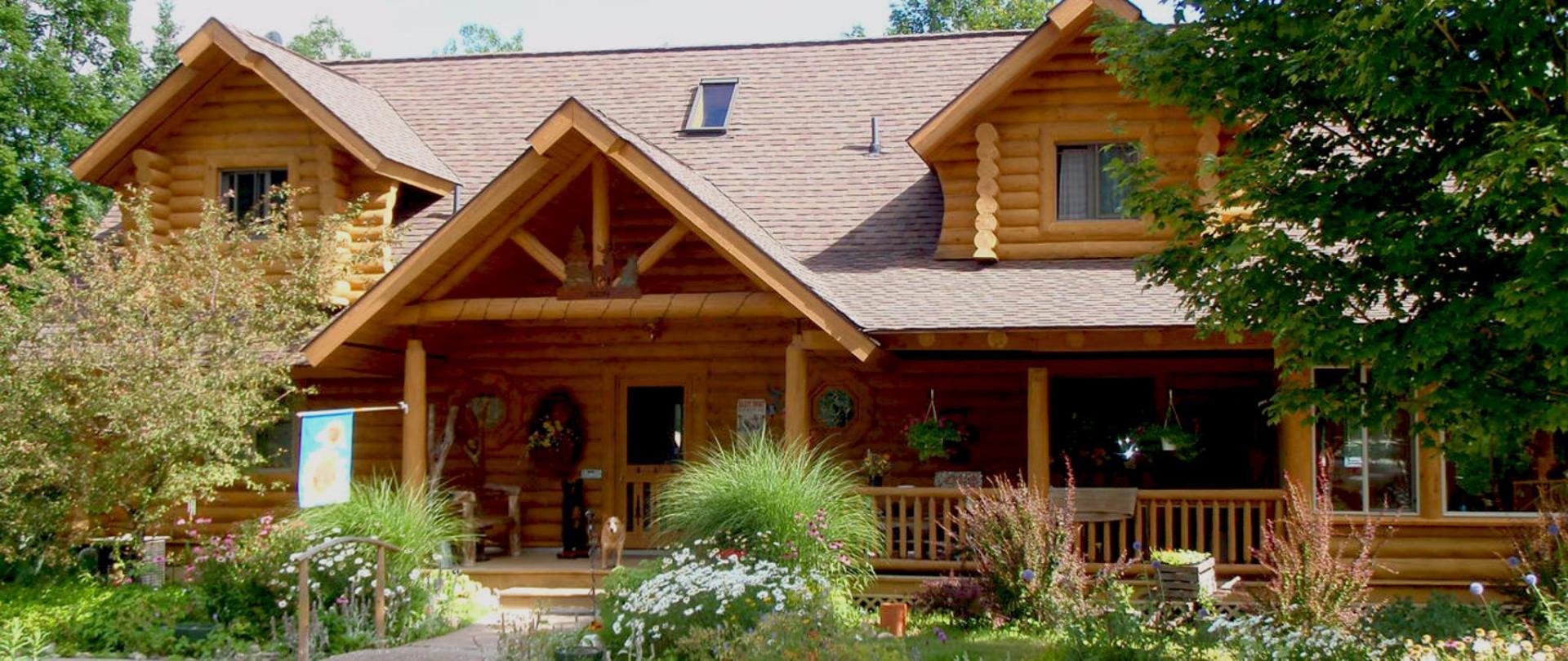 Lodge front.jpg