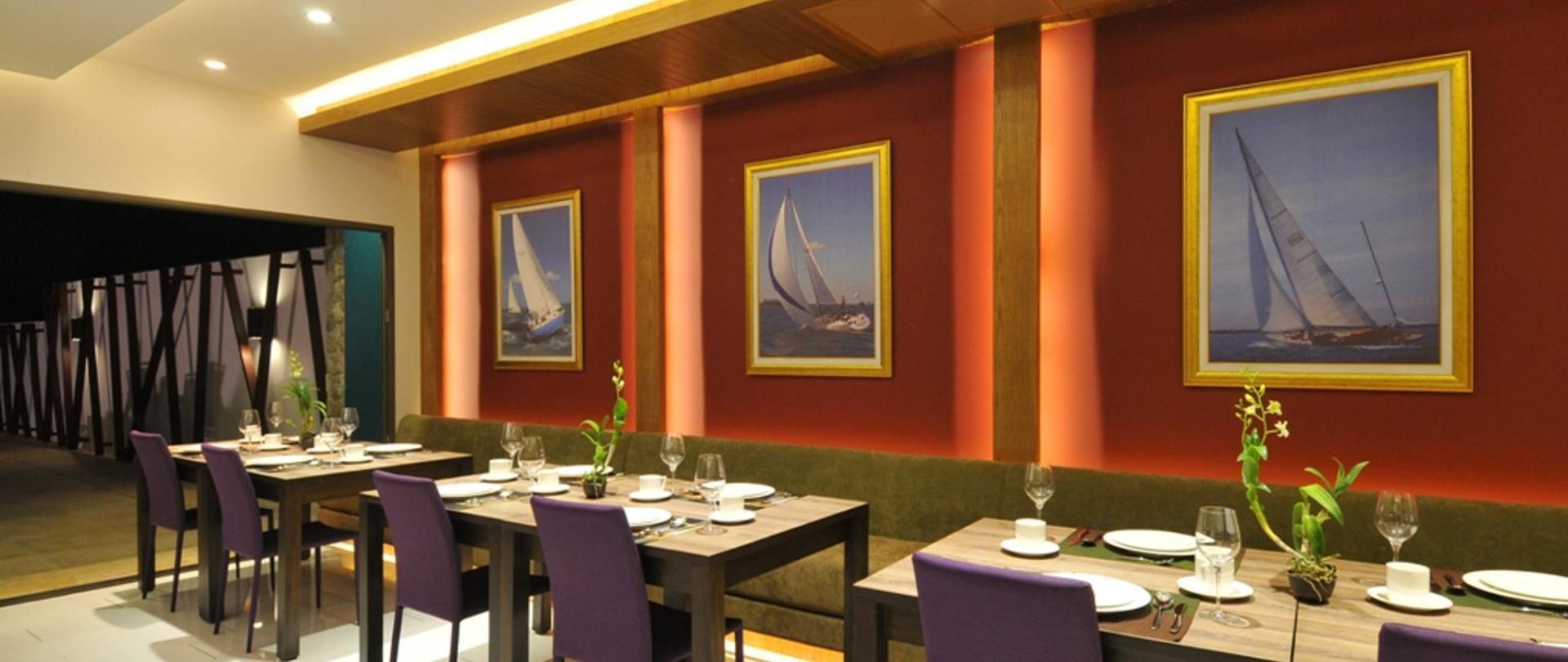 TheBay_Restaurant_03.jpg