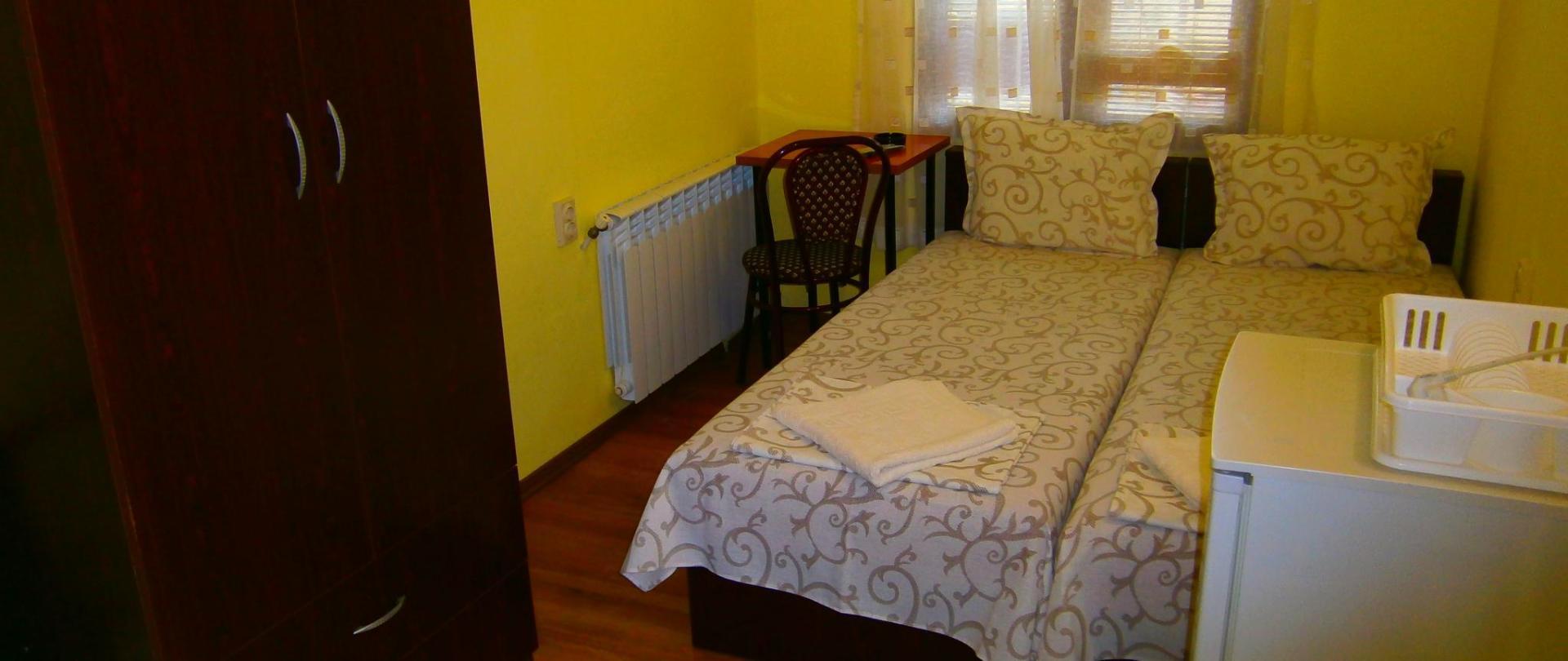 pokój dwuosobowy sypialnia