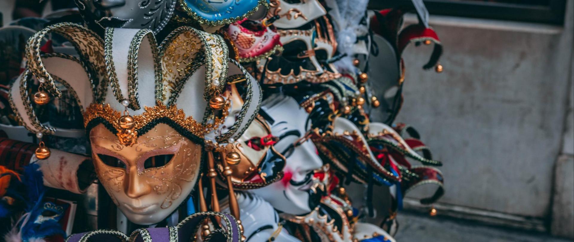 art-close-up-costume-1144283.jpg