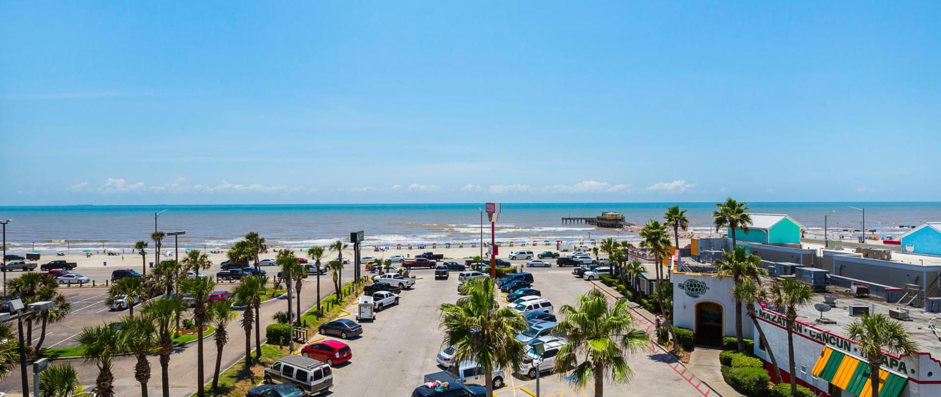 Quality Inn & Suites Beachfront Official Site | Hotels in Galveston