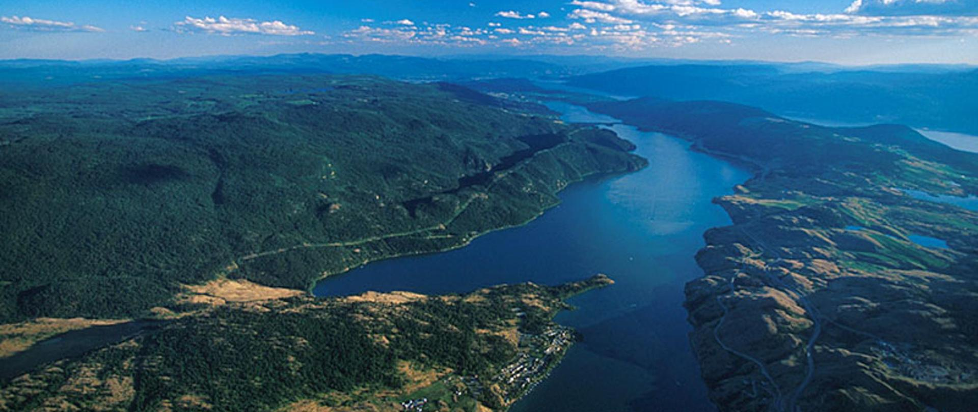 vernon-kalamalka-lake-2-okanagan-british-columbia.jpg