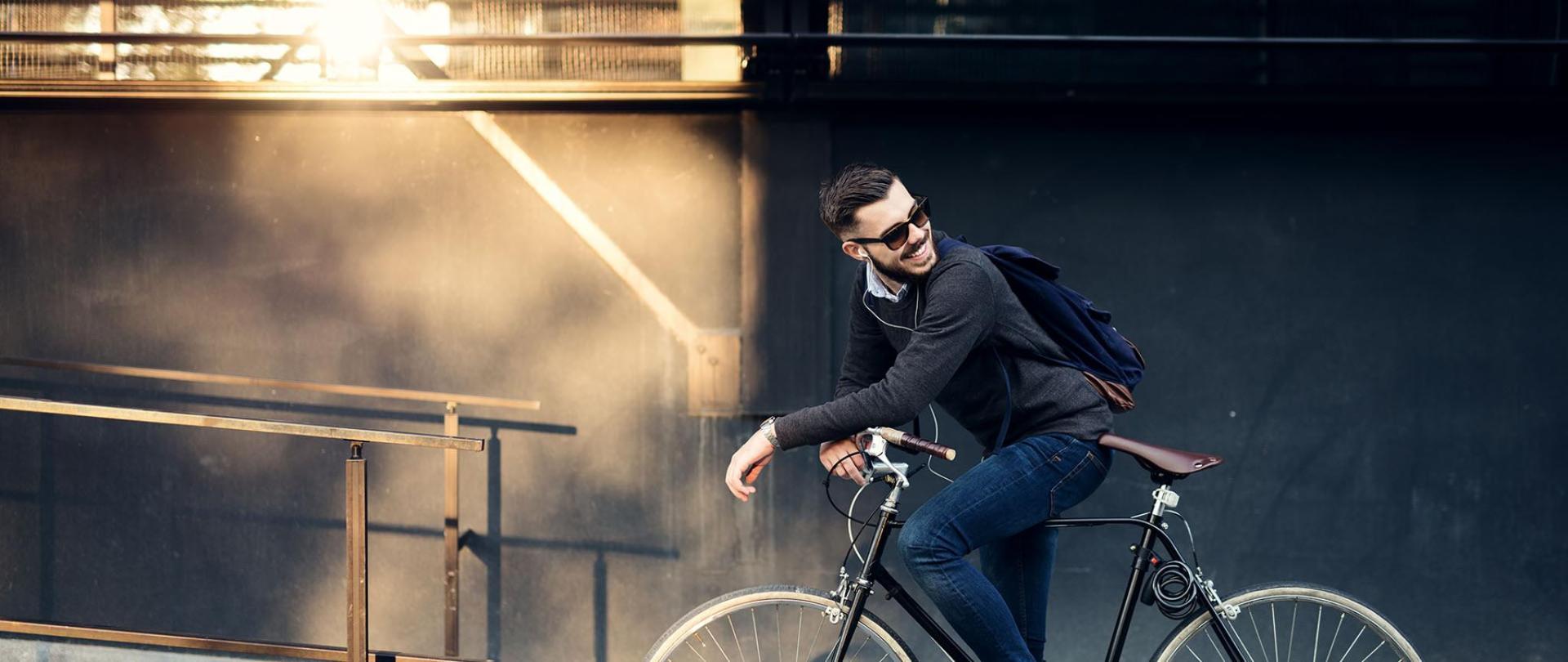 CAM_Biker.jpg