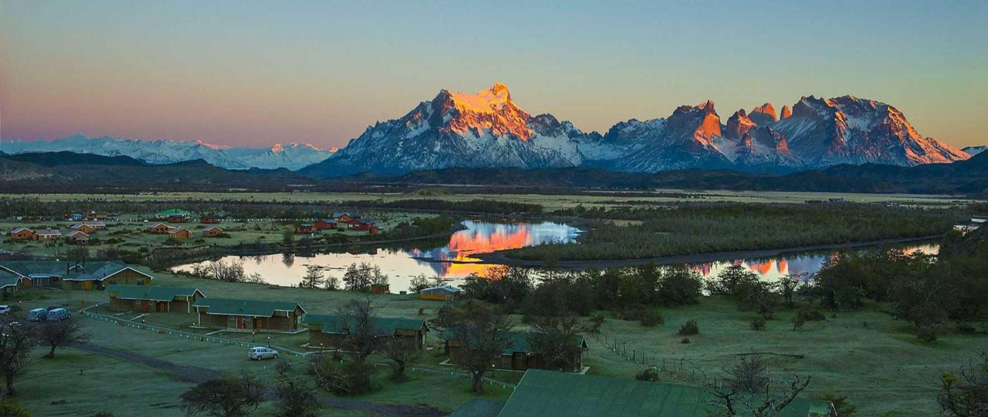 dawn-hotel-torres-del-paine-cfd_5449999999.jpg