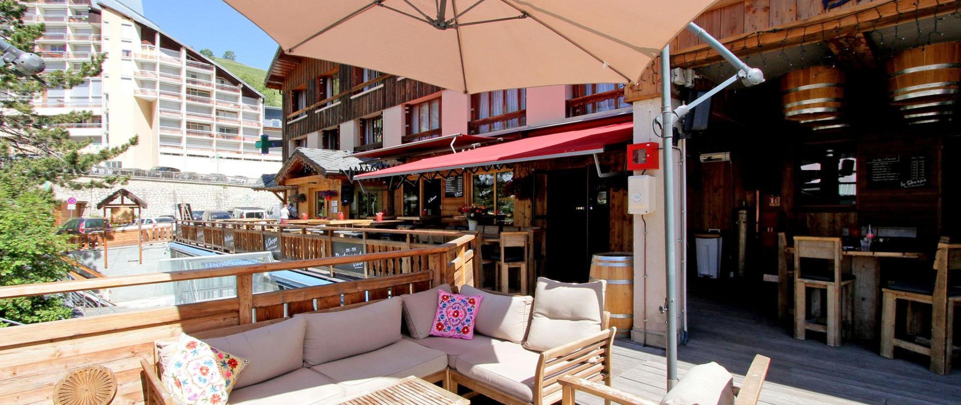 91-HotelSherpa-web.jpg
